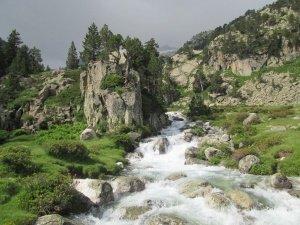 Canal de Barrancs. Río Ésera