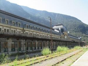 Canfran Estación-Los Arañones. Estación del tren