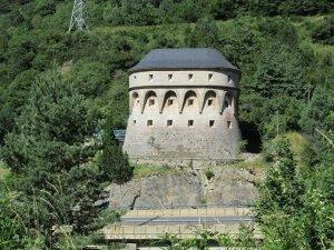 Canfranc. Torre de fusileros (La Torreta)