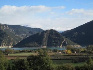 Tozal de Monclús, en el pantano de Mediano