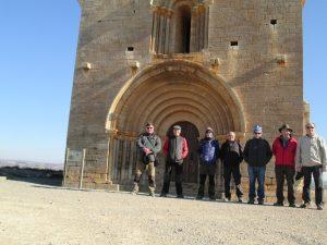 Chalamera. Foto de grupo delante de Santa María