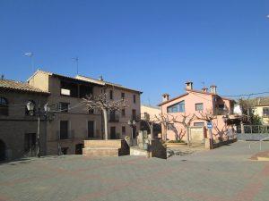 Salas Bajas. Plaza