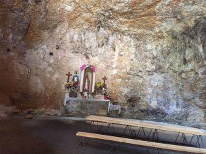 Interior ermita de San Martín
