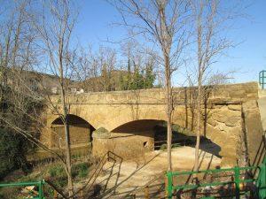 Pomar de Cinca. Puente sobre La Clamor