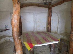San Caprasio. Cueva-comedor