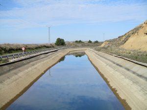 Canal del Cinca. Camino de Piracés