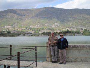 En la presa del pantano de Arguis