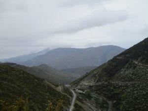 Sierra de Guara, al fondo