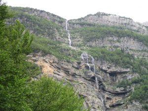 Valle de Pineta. Saltos de agua