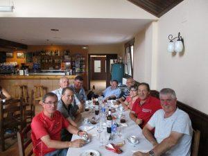 Comida del grupo con los amigos de Barbastro