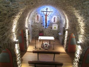 Barbaruens. Interior iglesia San Félix