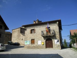 Yésero. Ayuntamiento