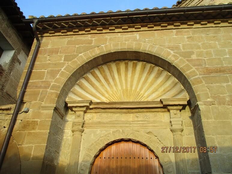 Cregenzán. Portada San Martín