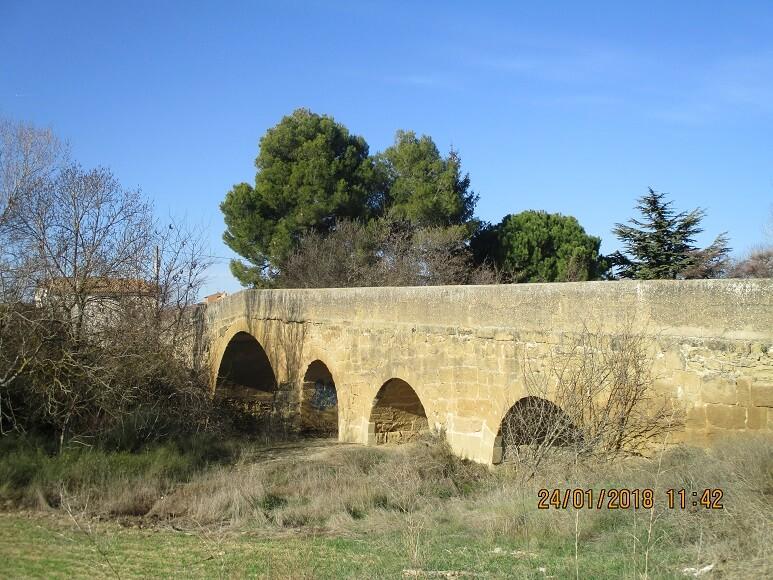 Novales. Puente medieval sobre el río Guatizalema
