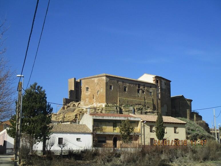 Novales. Castillo