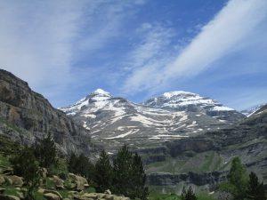 Valle de Ordesa. Picos Monte Perdido y Añisclo