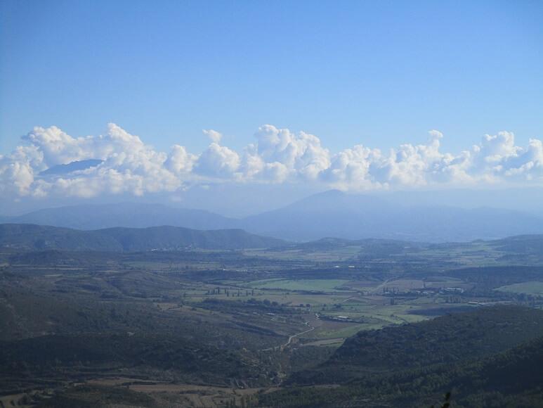 Llanos de Arcusa y depresión del río Susía