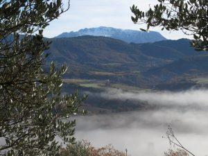 Valle La Fueva. Al fondo asoma El Turbón