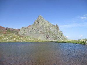 Ibón y Punta del Anayet