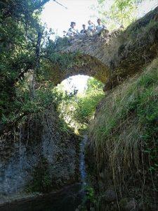 Obis. Puente medieval