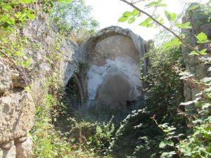 Obis. Ruinas de la iglesia