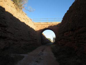 Belchite. Antiguo paso del ferrocarril