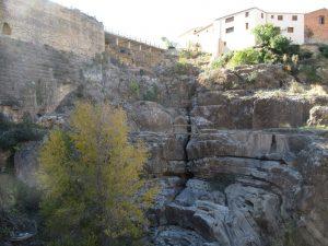 Almonacid de la Cuba. Aliviadero de la presa romana