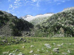 Llanos d'Aiguallut. El Aneto al fondo