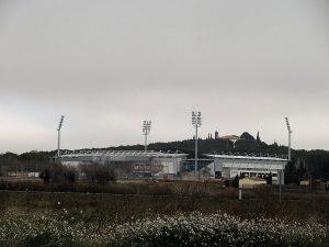 Huesca. Estadio del Alcoraz y San Jorge al fondo