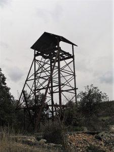Castillete de la mina de manganeso