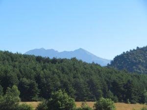 Montes de Castanesa al fondo