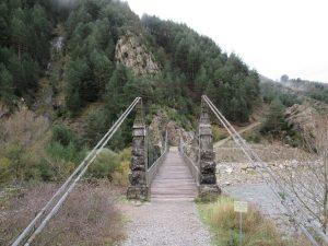 Jánovas. Puente colgante