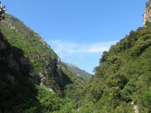 Valle del río Irués